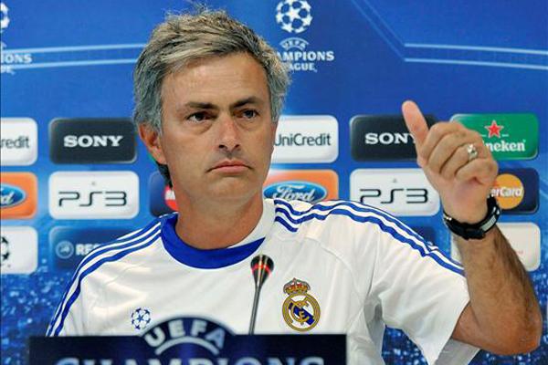 José Mourinho se va del Madrid