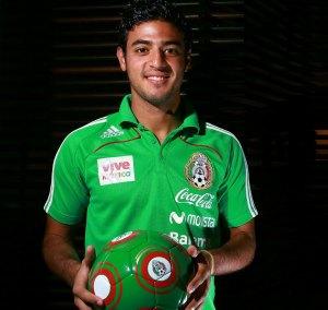 Carlos Vela coquetea con regresar al Tri