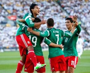 Mexico-derroto-con-ventaja-a-Nueva-Zelanda-y-clasifica-a-Brasil-2014